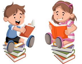 Junge und Mädchen lesen ein Buch